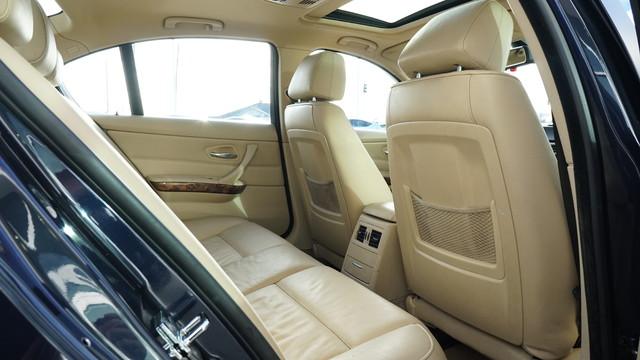 2006 BMW 325xi   Grayslake IL  Executive Motor Carz  in Grayslake, IL