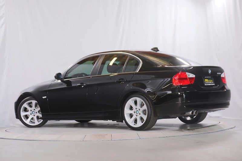 2006 BMW 330i - Sport - Premium - Navigation  city California  MDK International  in Los Angeles, California