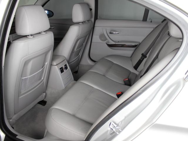 2006 BMW 330i E90 Matthews, NC 11