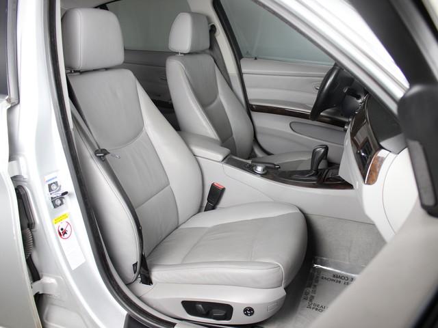 2006 BMW 330i E90 Matthews, NC 13