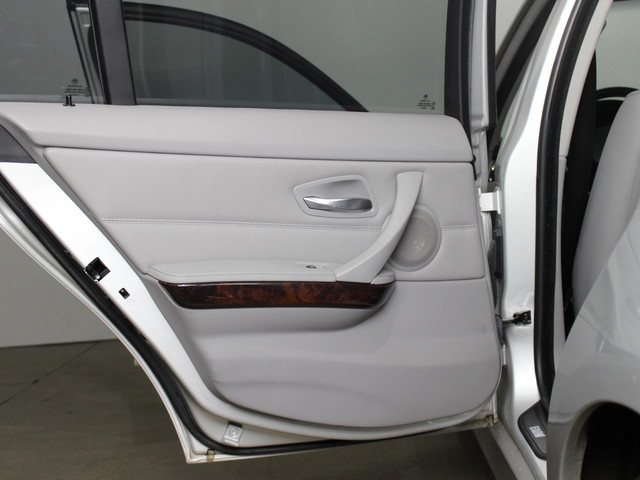 2006 BMW 330i E90 Matthews, NC 40