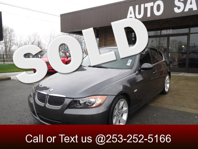 2006 BMW 330i In 2006 the BMW 3 Series sedans underwent a full revision giving birth to their fif