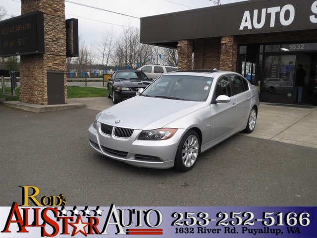 2006 BMW 330i The CARFAX Buy Back Guarantee that comes with this vehicle means that you can buy wi