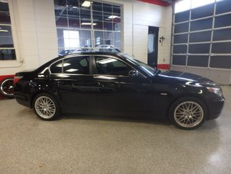 2006 Bmw 525xi Beauty! AWD, SPORT WHEELS, VERY CLEAN!~ Saint Louis Park, MN 1
