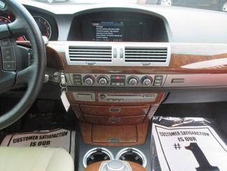 2006 BMW 750i Saint Ann, MO 25