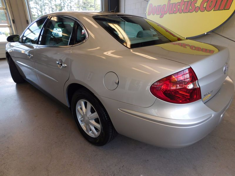 2006 Buick LaCrosse CX  city TN  Doug Justus Auto Center Inc  in Airport Motor Mile ( Metro Knoxville ), TN