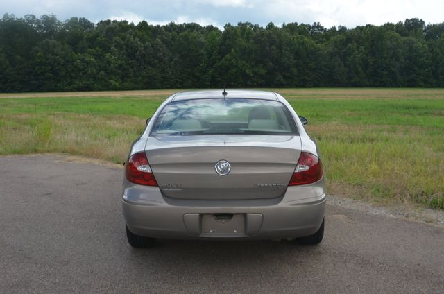 2006 Buick LaCrosse CX 1owner Collierville, Tennessee 3