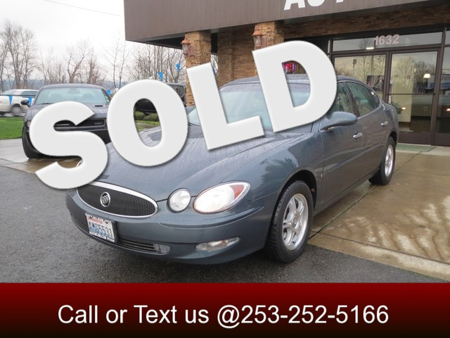 2006 Buick LaCrosse CXL This 2006 Buick LaCrosse is a mid-size vehicle that handles like a dream I