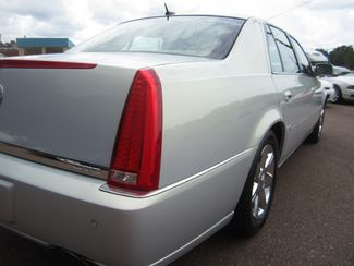 2006 Cadillac DTS w/1SC Batesville, Mississippi 13