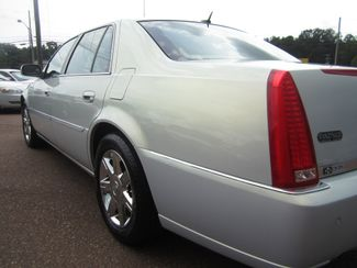 2006 Cadillac DTS w/1SC Batesville, Mississippi 12
