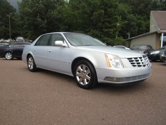 2006 Cadillac DTS w/1SC Batesville, Mississippi 3