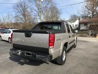 2006 Chevrolet Avalanche LS Knoxville , Tennessee 42
