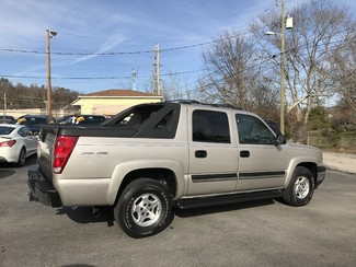 2006 Chevrolet Avalanche LS Knoxville , Tennessee 43