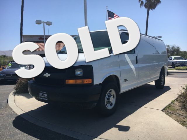 2006 Chevrolet Express Cargo Van Youll enjoy better mileage with a fuel efficient Diesel engineR