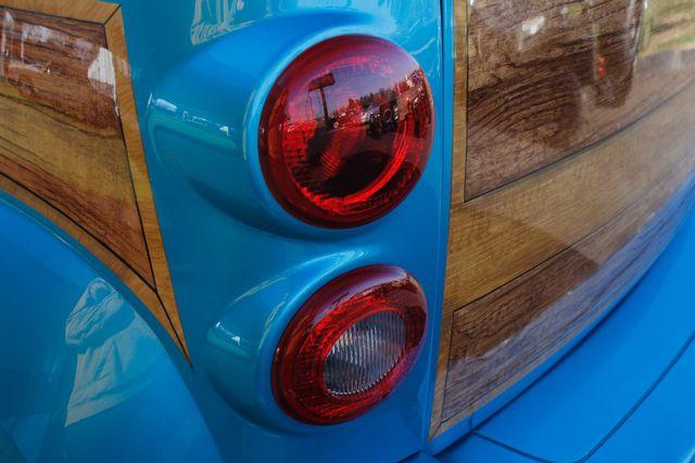 2006 Chevrolet HHR LT - GODFATHERS CUSTOMS - LAMBO DOORS! Mooresville , NC 27