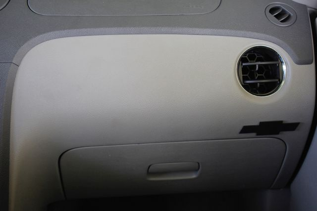 2006 Chevrolet HHR LT - GODFATHERS CUSTOMS - LAMBO DOORS! Mooresville , NC 7