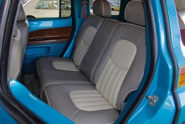 2006 Chevrolet HHR LT - GODFATHERS CUSTOMS - LAMBO DOORS! Mooresville , NC 10