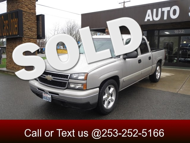 2006 Chevrolet Silverado 1500 LT The CARFAX Buy Back Guarantee that comes with this vehicle means