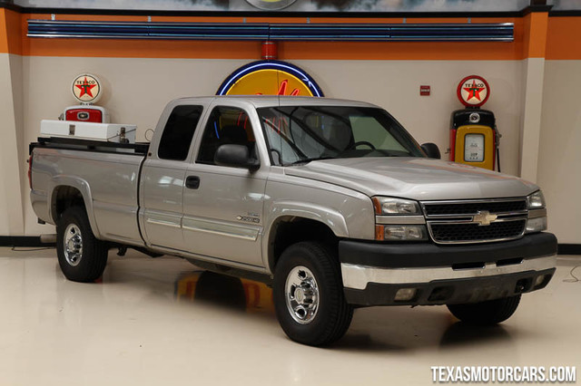 2006 Chevrolet Silverado 2500HD LT1 This Carfax 1-Owner 2006 Chevrolet Silverado 2500HD LT1 is in