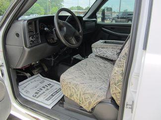 2006 Chevrolet Silverado 2500HD Work Truck Crew Cab 4x4 Houston, Mississippi 8