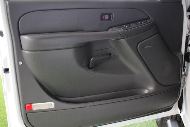 2006 Chevrolet Silverado 2500HD LT2 Crew Cab 4x4 - 8.1L BIG BLOCK V8! Mooresville , NC 33