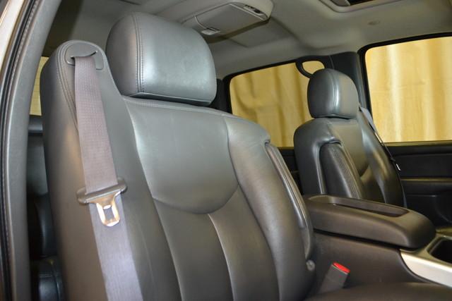 2006 Chevrolet Silverado 2500HD LT3 Roscoe, Illinois 21