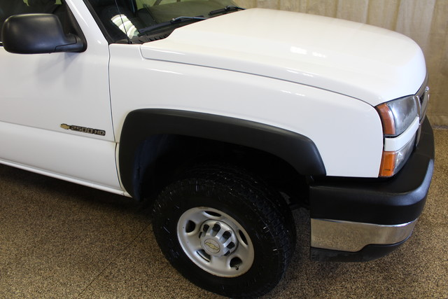 2006 Chevrolet Silverado 2500HD Work Truck Roscoe, Illinois 4