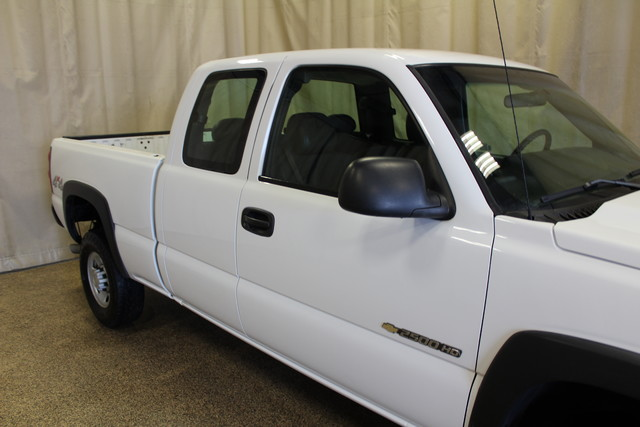 2006 Chevrolet Silverado 2500HD Work Truck Roscoe, Illinois 5