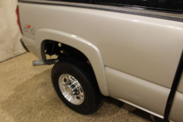 2006 Chevrolet Silverado 2500HD LT1 Roscoe, Illinois 12