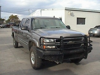 2006 Chevrolet Silverado 2500HD LS Crew Cab Long Bed 4WD San Antonio, Texas 3