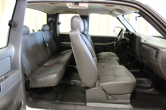 2006 Chevrolet Silverado 3500 Long Bed 8.1L Roscoe, Illinois 17