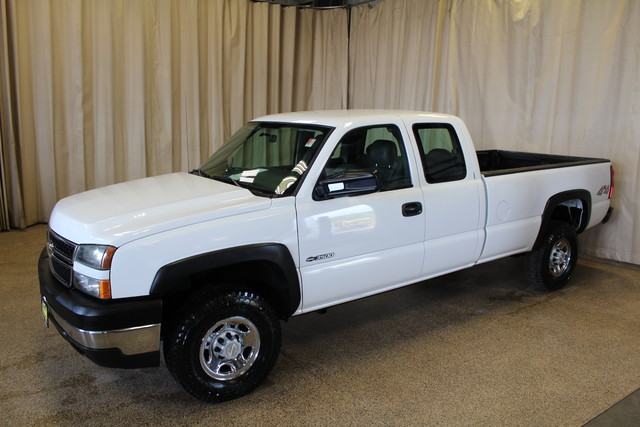 2006 Chevrolet Silverado 3500 Long Bed 8.1L Roscoe, Illinois 2