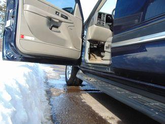 2006 Chevrolet Suburban LT w/ Moon Roof & DVD Alexandria, Minnesota 9