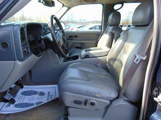 2006 Chevrolet Suburban LT w/ Moon Roof & DVD Alexandria, Minnesota 14
