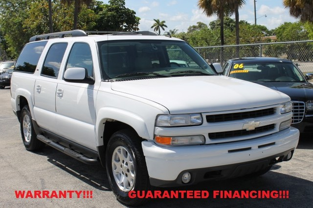 2006 Chevrolet Suburban Z71  WARRANTY CARFAX CERTIFIED 2 OWNERS FLORIDA VEHICLE  This 20