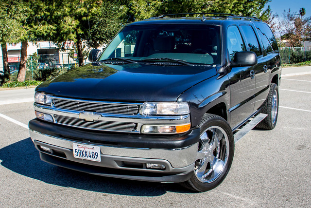 "2006 Chevrolet Suburban LS - 107K MILES - 20"" WHLS - TOW PKG - 3RD ROW Reseda, CA 36"