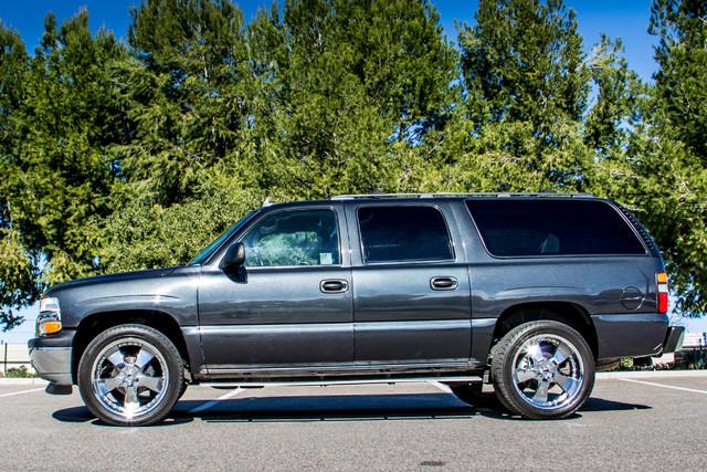 "2006 Chevrolet Suburban LS - 107K MILES - 20"" WHLS - TOW PKG - 3RD ROW Reseda, CA 5"