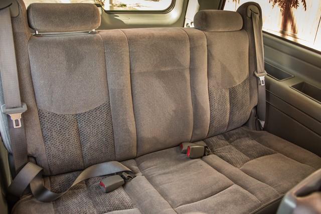"2006 Chevrolet Suburban LS - 107K MILES - 20"" WHLS - TOW PKG - 3RD ROW Reseda, CA 31"