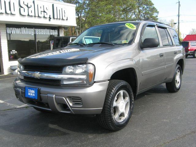 2006 Chevrolet TrailBlazer LS Richmond, Virginia 1