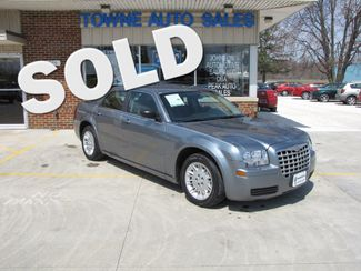 2006 Chrysler 300  | Medina, OH | Towne Cars in Ohio OH