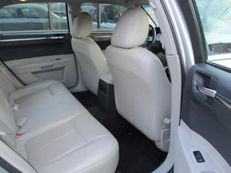 2006 Chrysler 300 Touring Milwaukee, Wisconsin 14