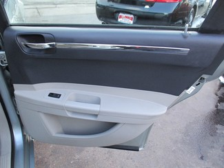 2006 Chrysler 300 Touring Milwaukee, Wisconsin 16