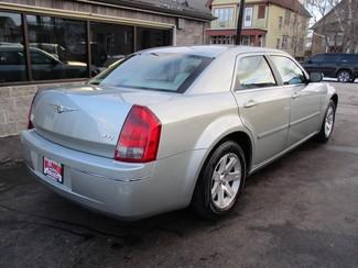 2006 Chrysler 300 Touring Milwaukee, Wisconsin 3