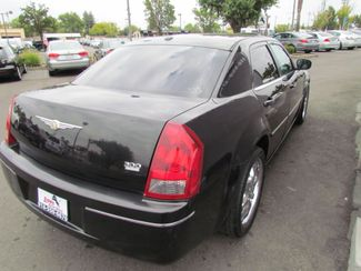 2006 Chrysler 300 Touring Navigation Sacramento, CA 8