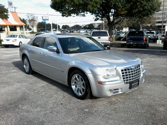 2006 Chrysler 300 C San Antonio, Texas 1