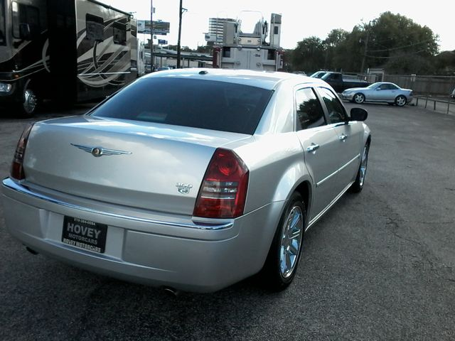 2006 Chrysler 300 C San Antonio, Texas 7