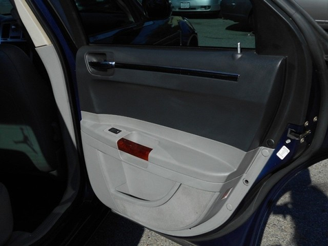 2006 Chrysler 300 C | Santa Ana, California | Santa Ana Auto Center in Santa Ana, California