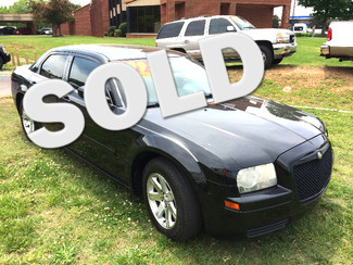 2006 Chrysler-Buy Here Pay Here!! 300-CARMARTSOUTH.COM SHOWROOM CONDITION!!! Knoxville, Tennessee