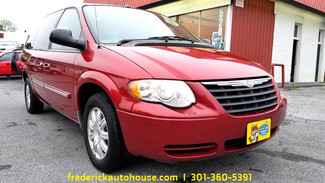 2006 Chrysler Town & Country in Frederick, Maryland