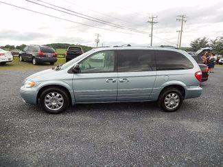 2006 Chrysler Town & Country in Harrisonburg VA